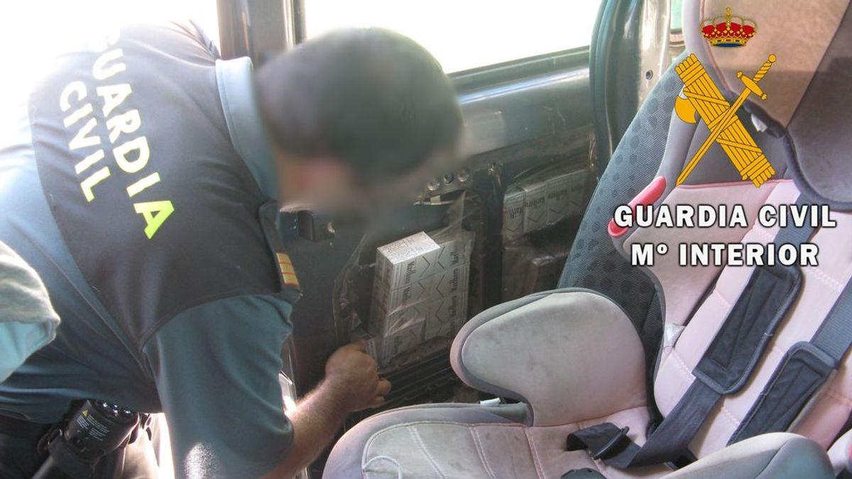 Intervienen en menos de una semana más de 5.000 cajetillas de tabaco de contrabando en el puerto de Almería
