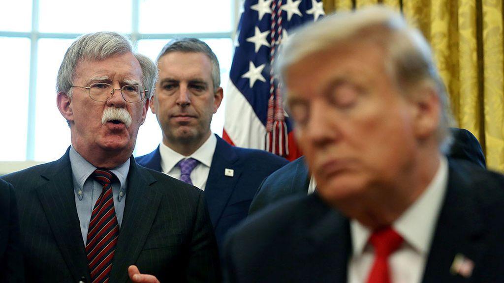 El dramático adiós de Bolton, el ultimo halcón en la Casa Blanca
