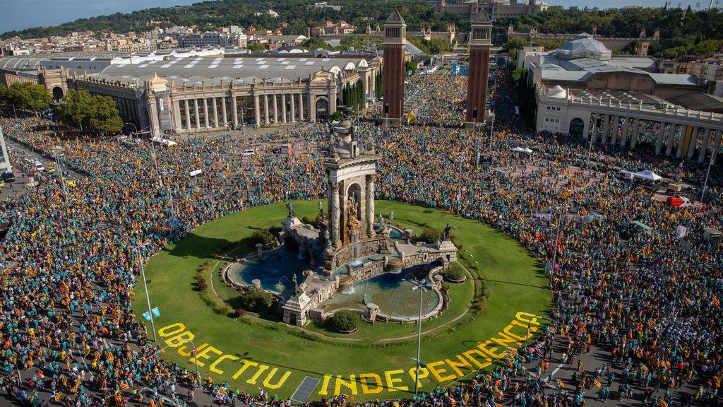 Pinchazo en la Diada: la manifestación pierde 400.000 asistentes, según la Guardia Urbana