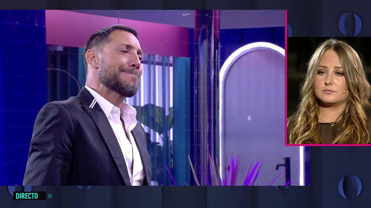 Antonio David Flores inaugura la casa hablando de sus problemas con Rocío Carrasco