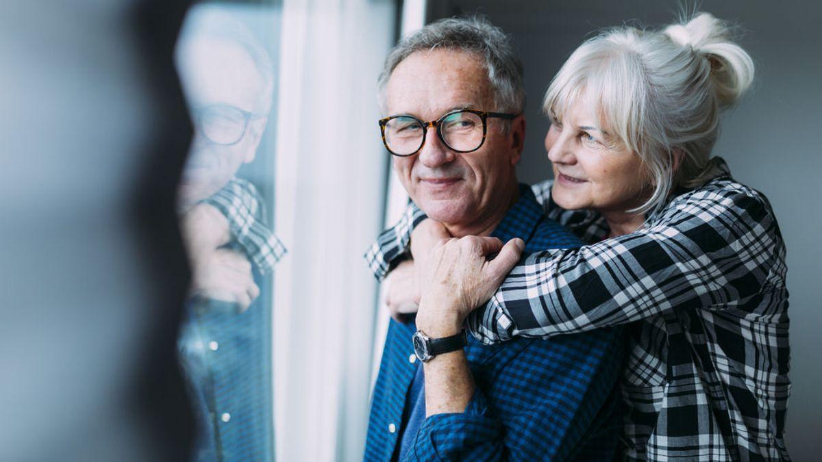 Enamorarse a los 50: la odisea de luchar contra las manías, los hijos o los amigos de toda la vida