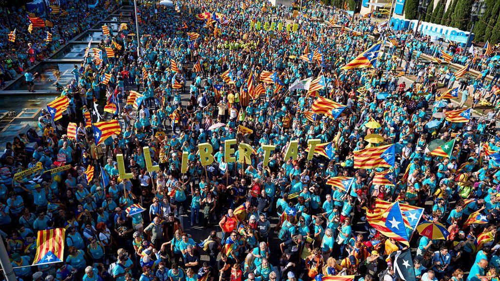 Cataluña celebra la Diada entre vientos de división en el independentismo