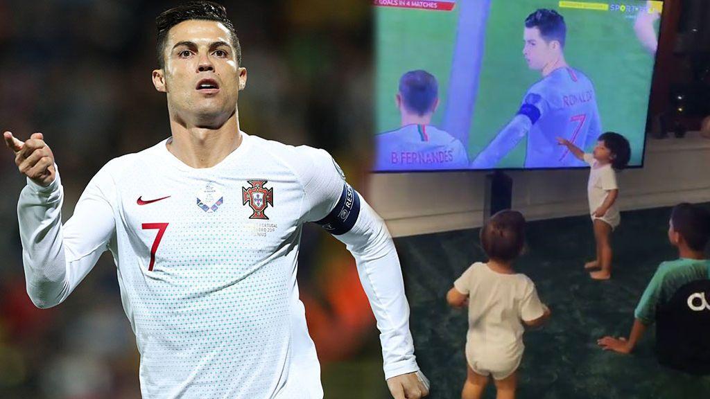 """Los cuatro hijos de Cristiano celebran con Georgina su póquer con Portugal: """"!Gol de papá!"""""""