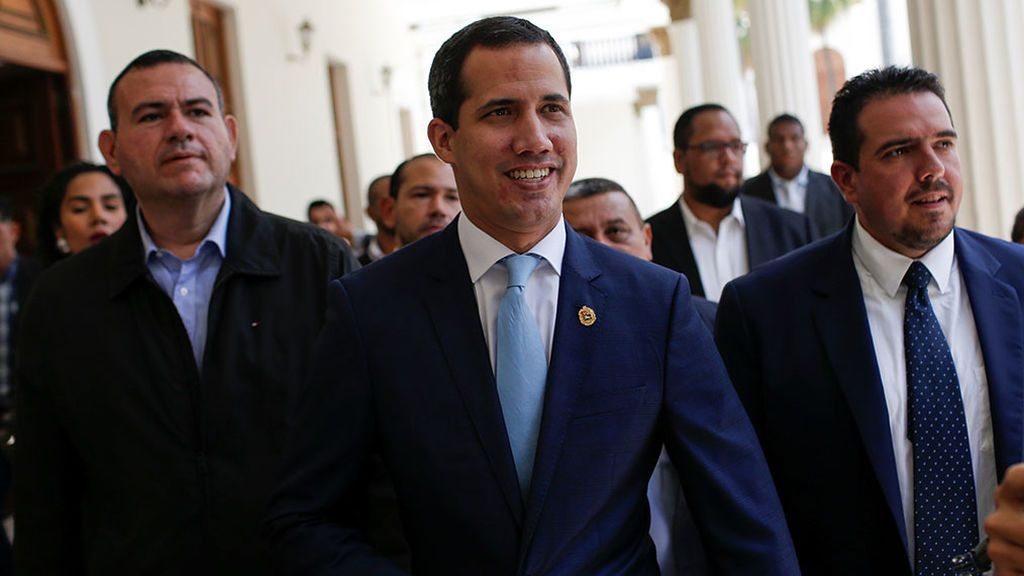 La OEA aprueba discutir el uso militar contra Venezuela