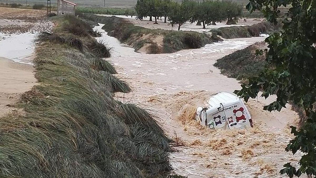 Muere ahogado un matrimonio en Caudete (Albacete) tras caer su vehúculo en un torrente crecido por las lluvias