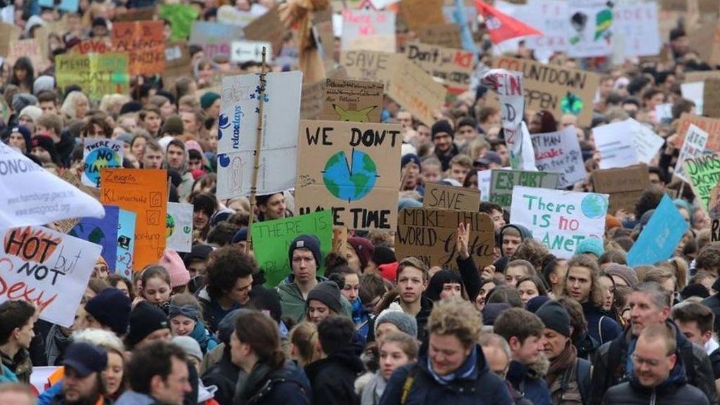 Más de 300 asociaciones se unen a la huelga mundial por el clima