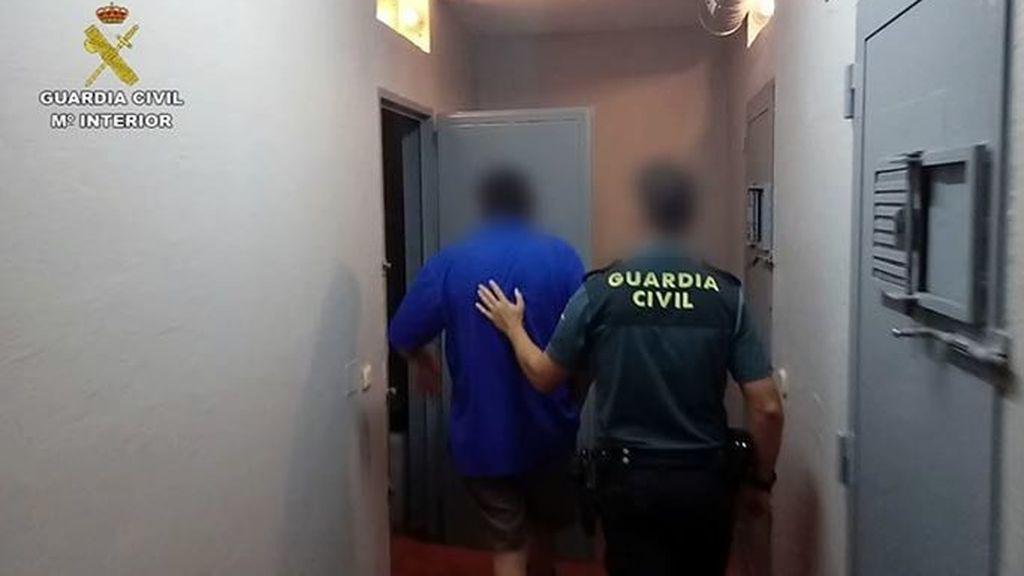Detenido en Fuenlabrada acusado de violar reiteradamente a su hija durante al menos 4 años