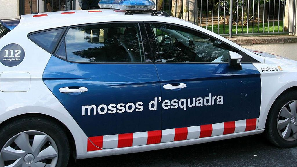 Tres jóvenes y un menor, detenidos por una presunta agresión sexual a una joven en Calafell (Tarragona)