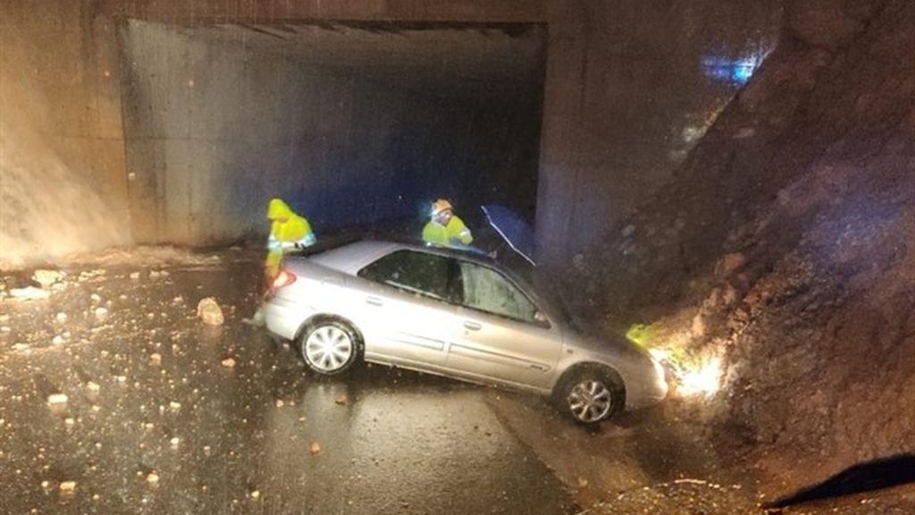 Trabajos de salvamento en las carreteras valencianas