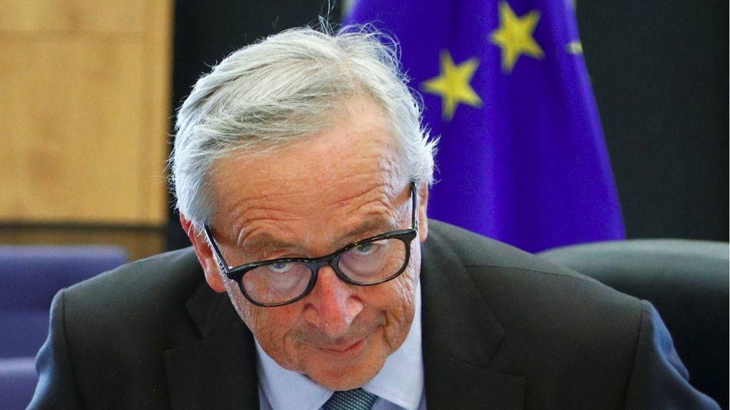 Johnson almuerza con Juncker con el Brexit de menú