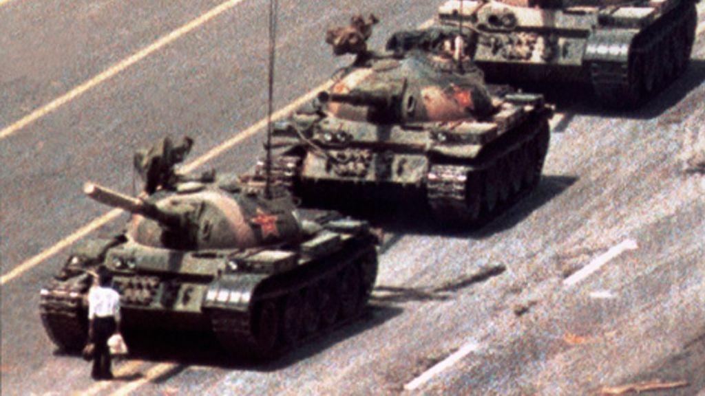 Fallece Charlie Cole, el fotógrafo de la icónica instantánea de la plaza de Tiananmen