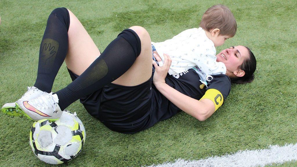 Katy Candal es madre de dos niños menores de dos años
