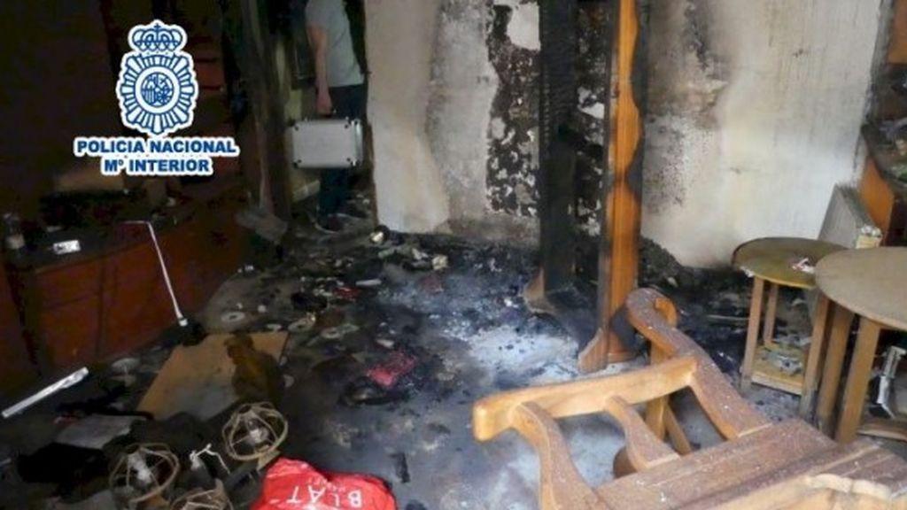 Un hombre quema la casa del exnovio de su pareja en Alcoy