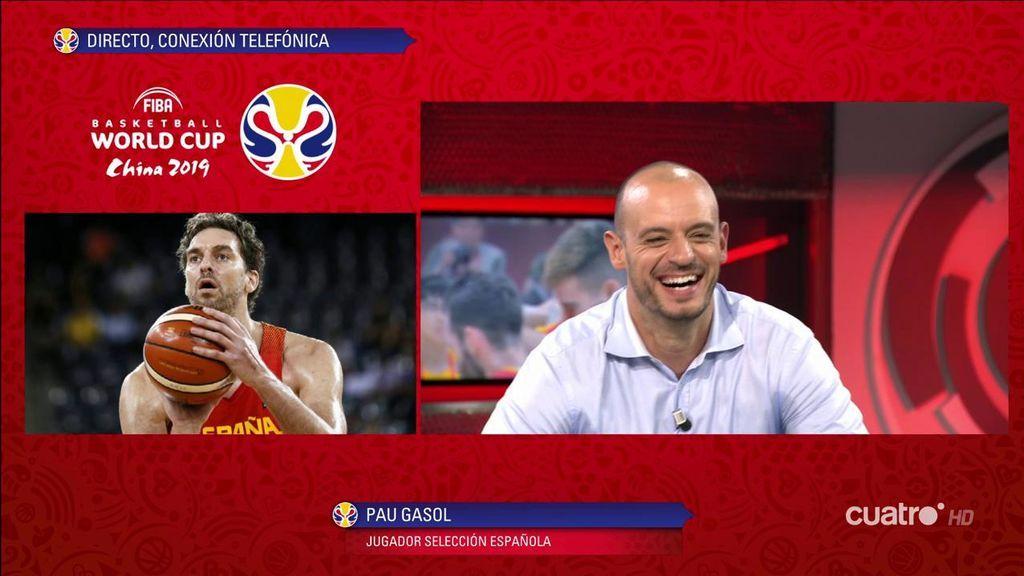 """Carlos Jiménez bromea con Pau Gasol recordando el momento del trofeo en el Mundial de 2006: """"Qué cabrón"""""""