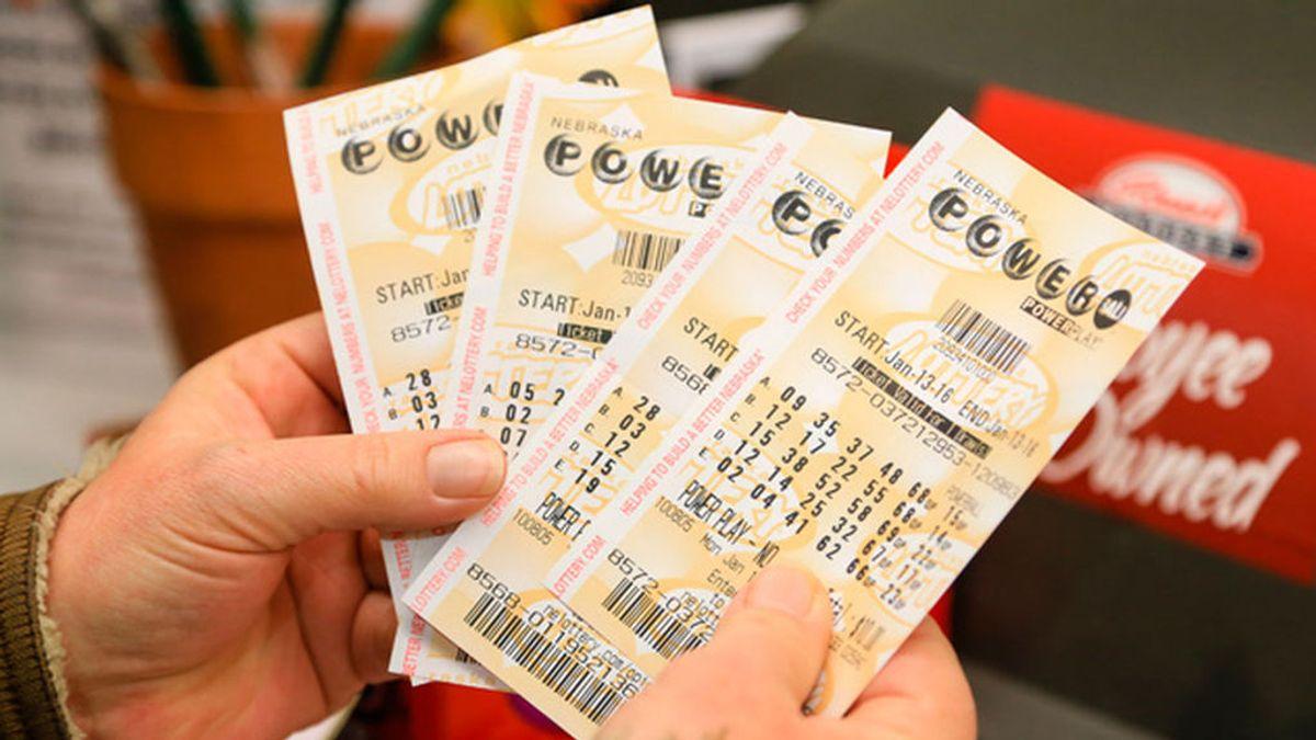Un hombre sobrevive al cáncer dos veces y gana la lotería