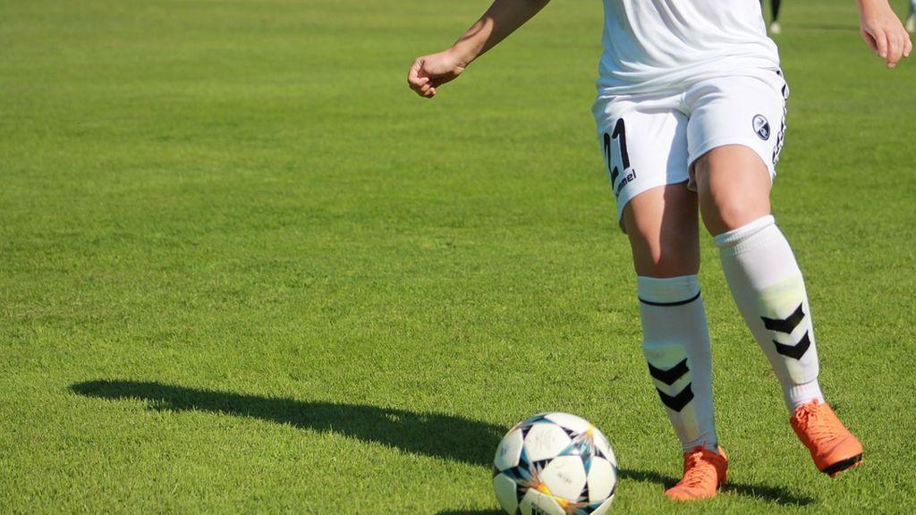 Fiscalía reclama 42 años de cárcel para un entrenador de fútbol que presuntamente abusó de 13 menores