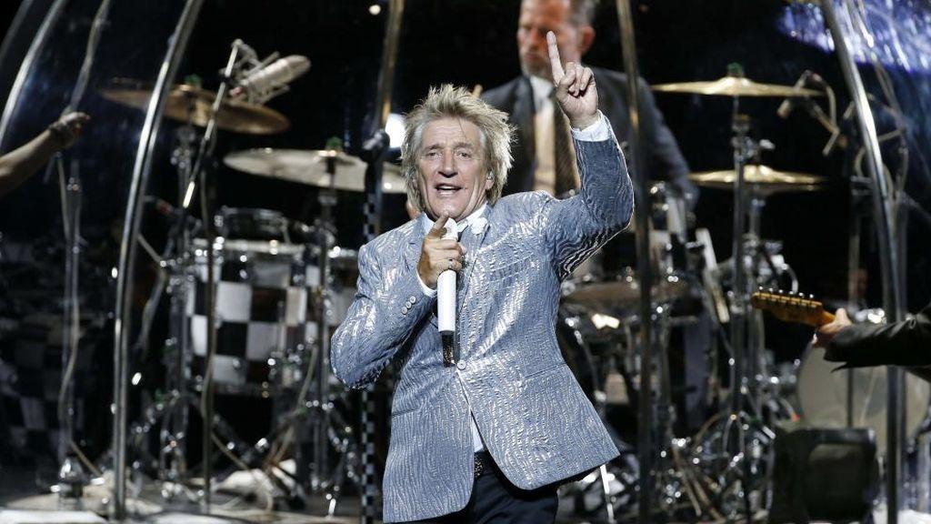 Rod Stewart durante su concierto en el Teatro Real de Madrid la noche del 5 d ejulio de 2016