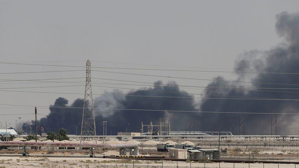 Imágenes del ataque sobre las instalaciones petroleras de Arabia Saudí