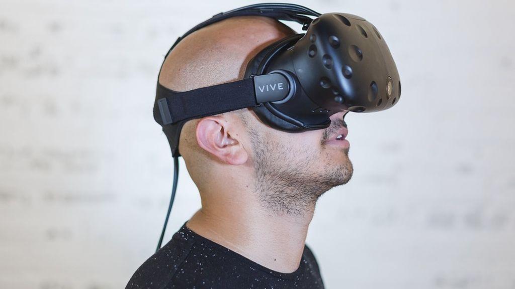 Un médico español desarrolla una 'app' para rehabilitar con realidad virtual a pacientes que han sufrido un ictus