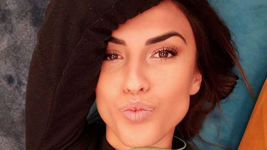 """Sofía Suescun cambia de look y pide opinión a todos sus seguidores: """"Me ha dado por el flequi"""""""
