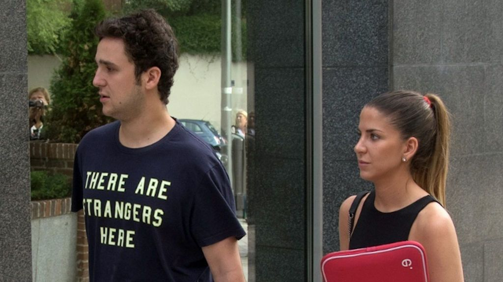 Froilán y su novia acuden juntos al primer día de clases en la universidad