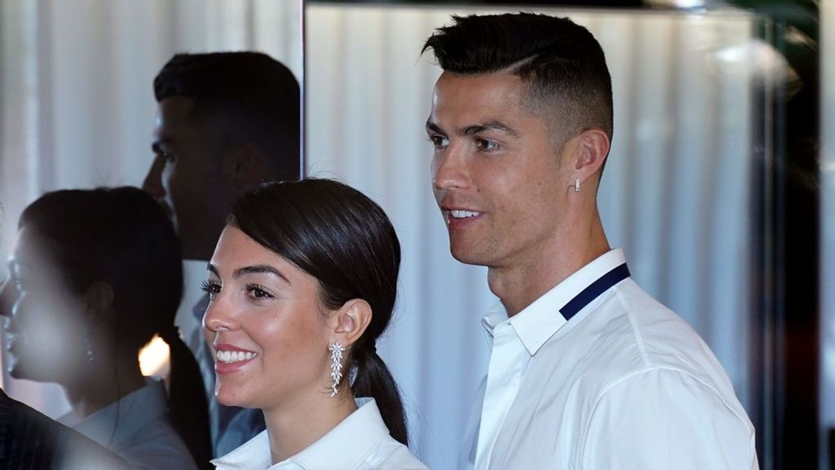 """Cristiano Ronaldo desea cumplir el sueño de su madre: """"Quiere verme casarme con Georgina"""""""