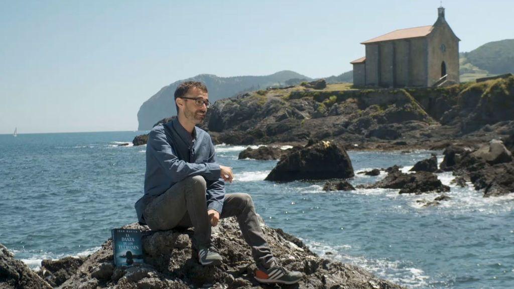 Ibón Martín se consagra como maestro vasco del suspense con 'La danza de los tulipanes'
