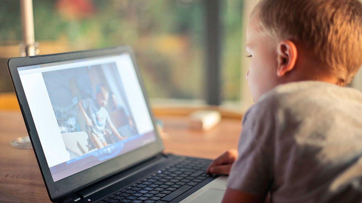 Cómo conseguir que  las pantallas no secuestren la atención de tus hijos