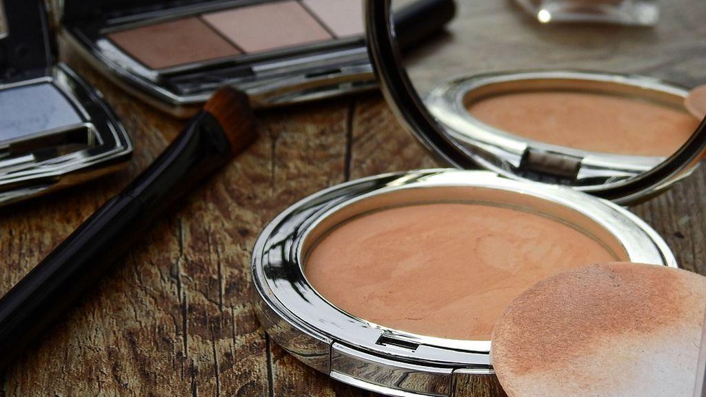 OCU reclama a Sanidad una mayor investigación sobre las nanopartículas en cosméticos que pueden provocar riesgos para la salud