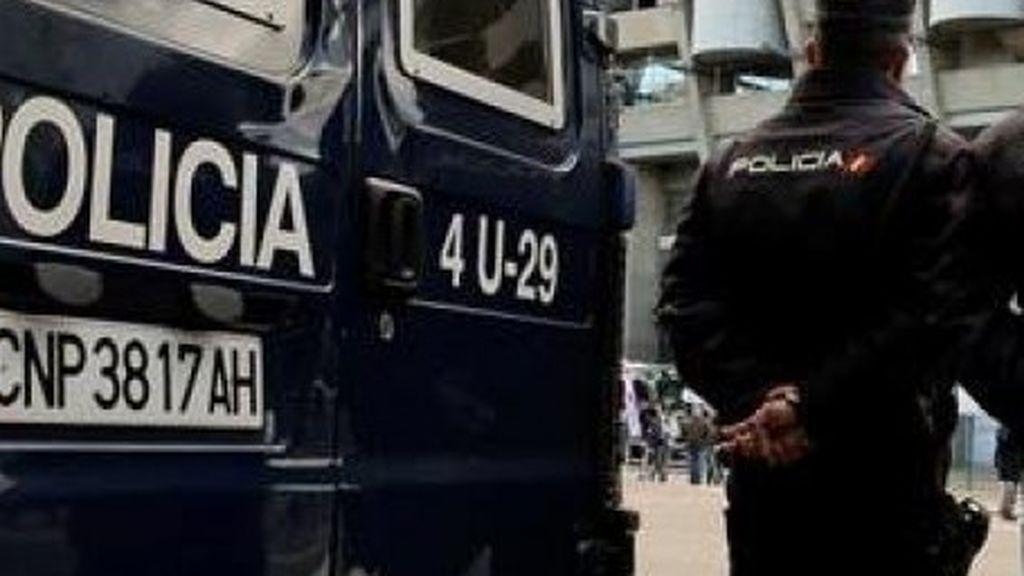Una mujer se lanza al vacío con su hija de dos años desde un piso de Tetuán (Madrid)