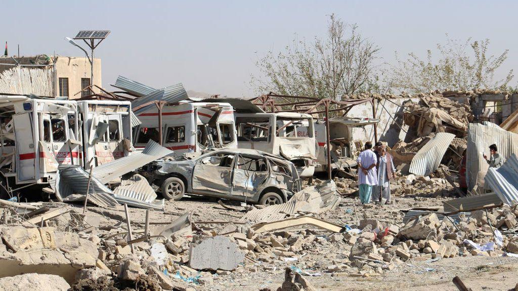 Un atentado en Afganistán destroza un hospital mata a 20 personas y deja decenas de heridos