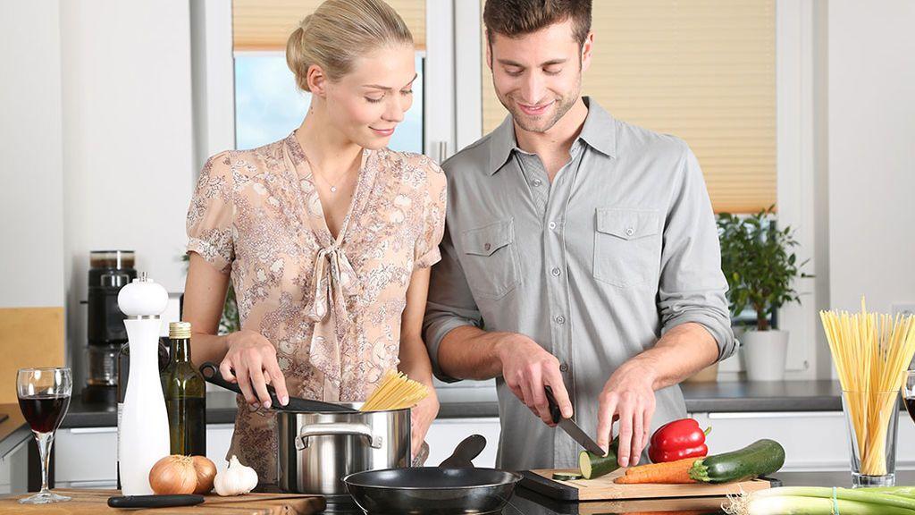 La receta del Gobierno vasco contra el machismo: cocinas más grandes y en el centro de la casa