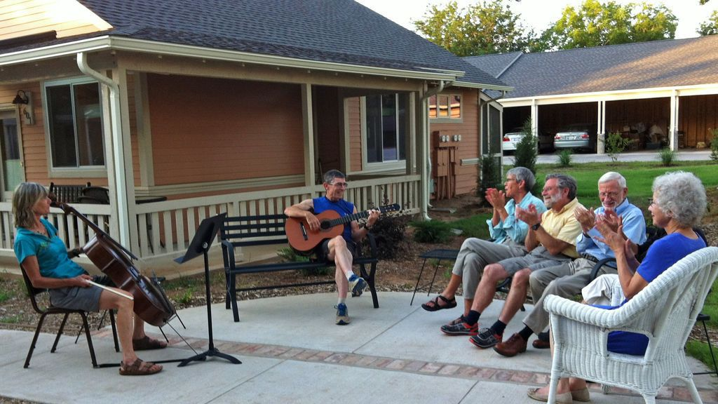Pasos a seguir para envejecer en un 'cohousing'