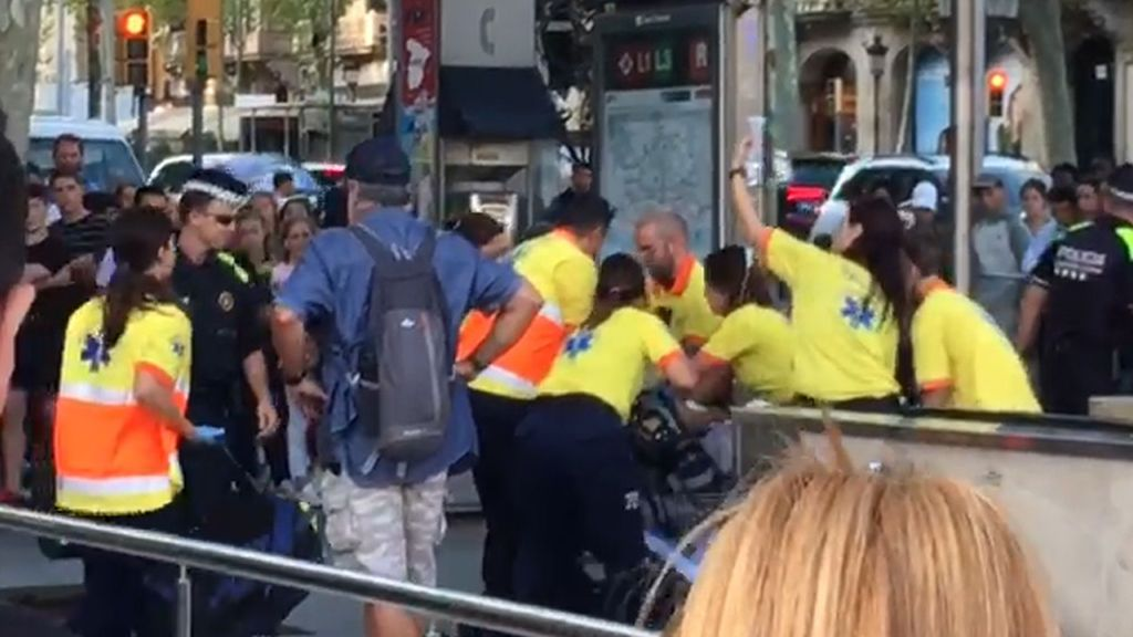 Muere el menor de 17 años herido grave por arma blanca en una reyerta en el Metro de Barcelona