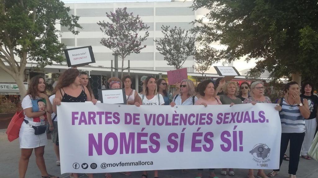 Una joven alemana denuncia una violación en el baño de un local de fiesta en Playa de Palma, en Mallorca