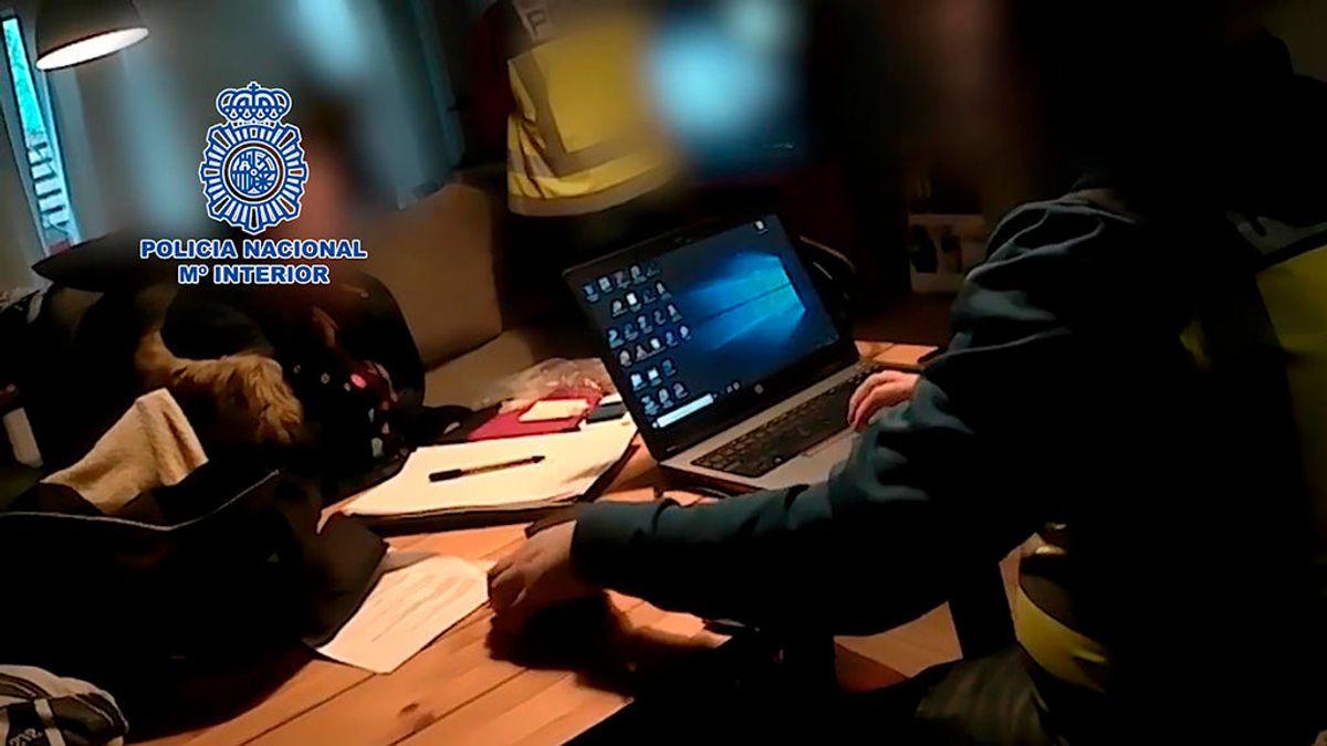 La Policía Nacional detiene a un joven que actuaba como instructor de otros pedófilos en Internet