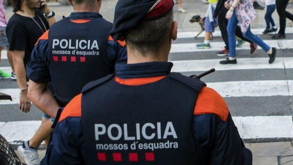Detenido un hombre por herir a otro con un arma blanca en Barcelona