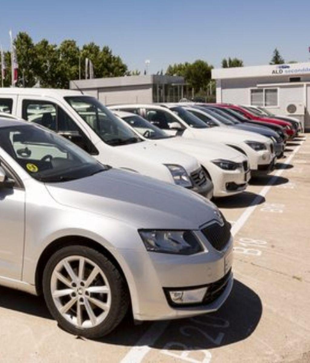 53. Noticia_Mediaset_decálogo_coches_renting