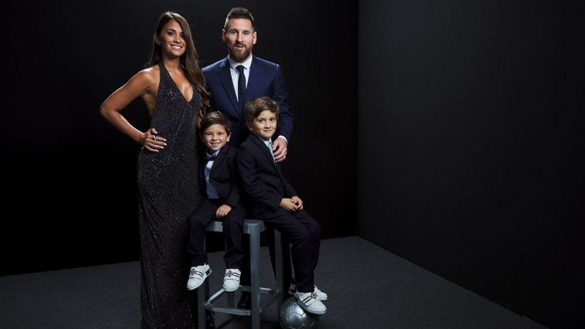 """Leo Messi dedica el premio 'The Best' a sus hijos: """"Les da vergüenza pedir una foto a estos extraordinarios jugadores"""""""