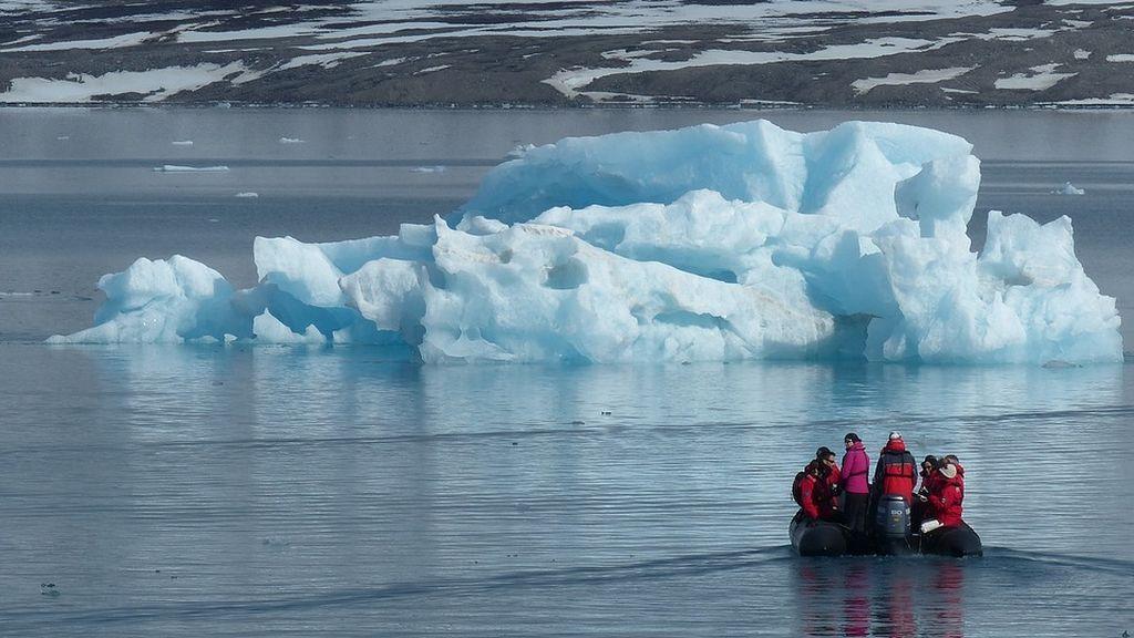 Científicos españoles participan en la mayor expedición científica al Ártico