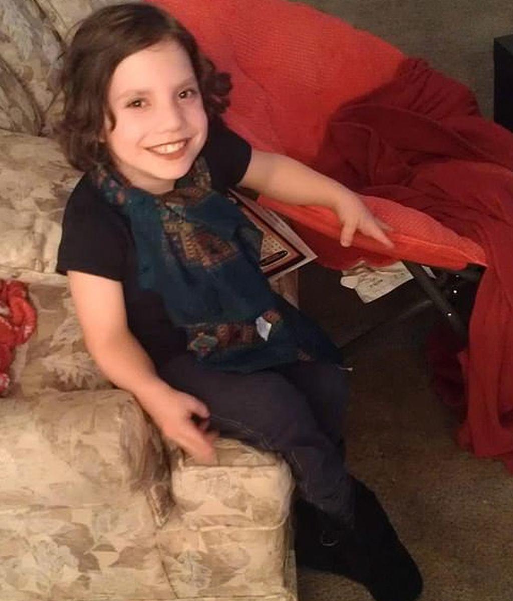 Los padres acusados de abandonar a su hija de 9 años dicen que es una adulta mentalmente enferma