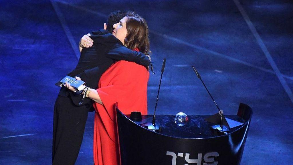 Silvia Grecco gana el premio The Best a la mejor afición de la FIFA