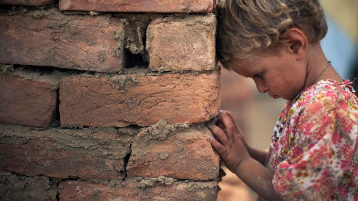 La verdadera historia de la niña ucraniana abandonada por sus padres adoptivos por enanismo