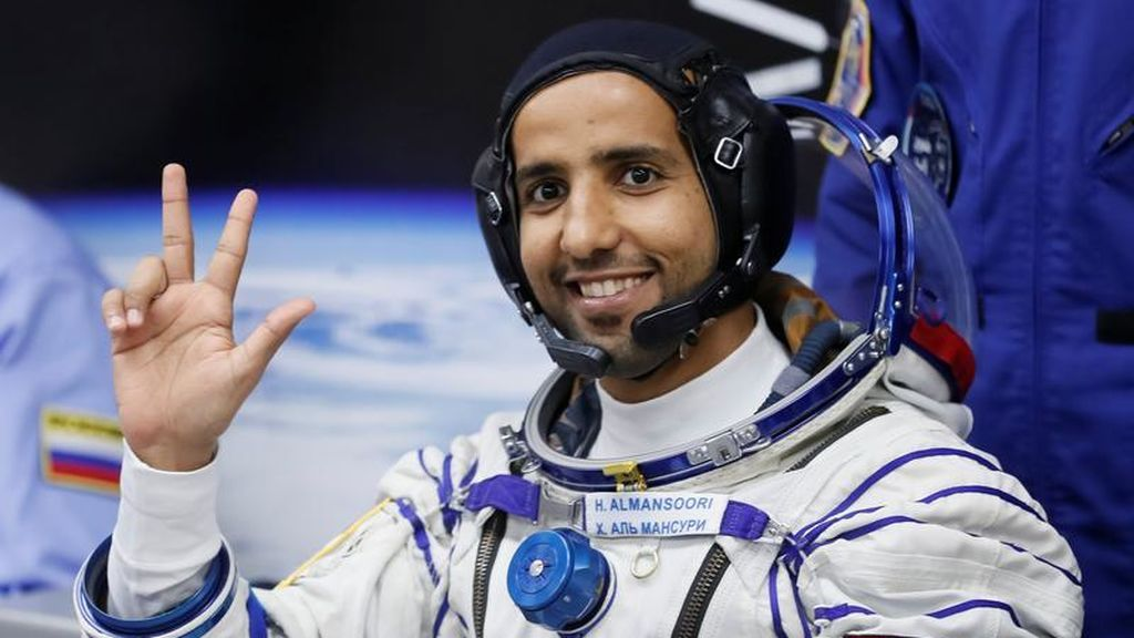 Hazzaa  AlMansoori, el primer emiratí enviado al espacio: Dubai florece en su industria espacial