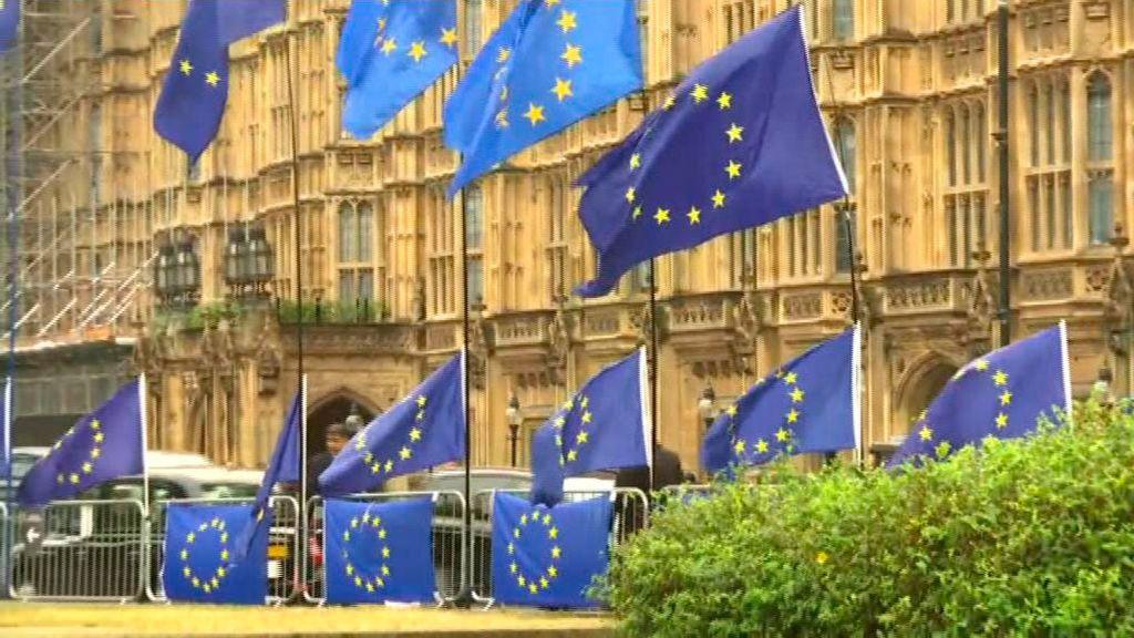 Máxima expectación en Westminster por la reapertura del Parlamento británico
