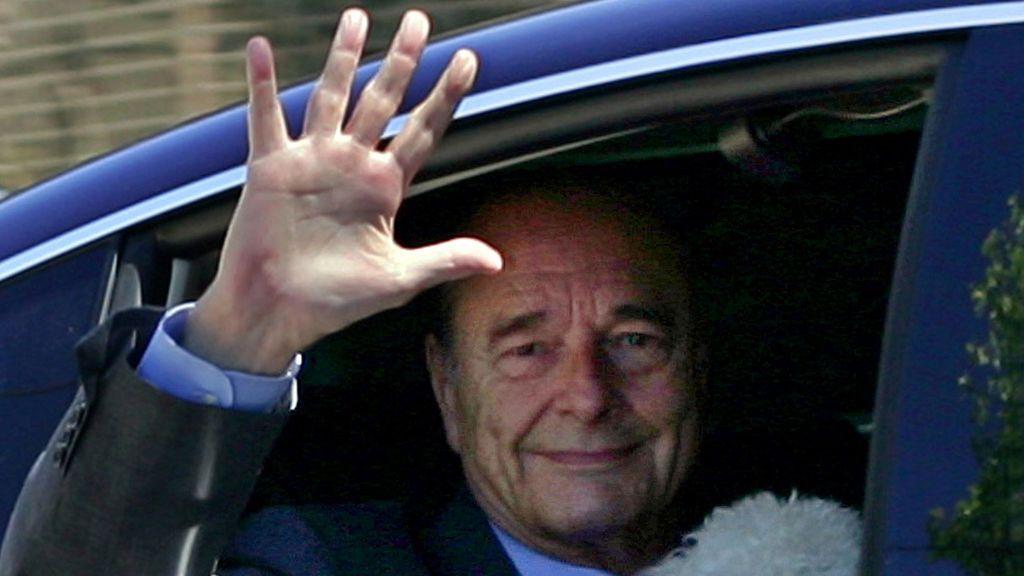 El adiós y las acusaciones de corrupción