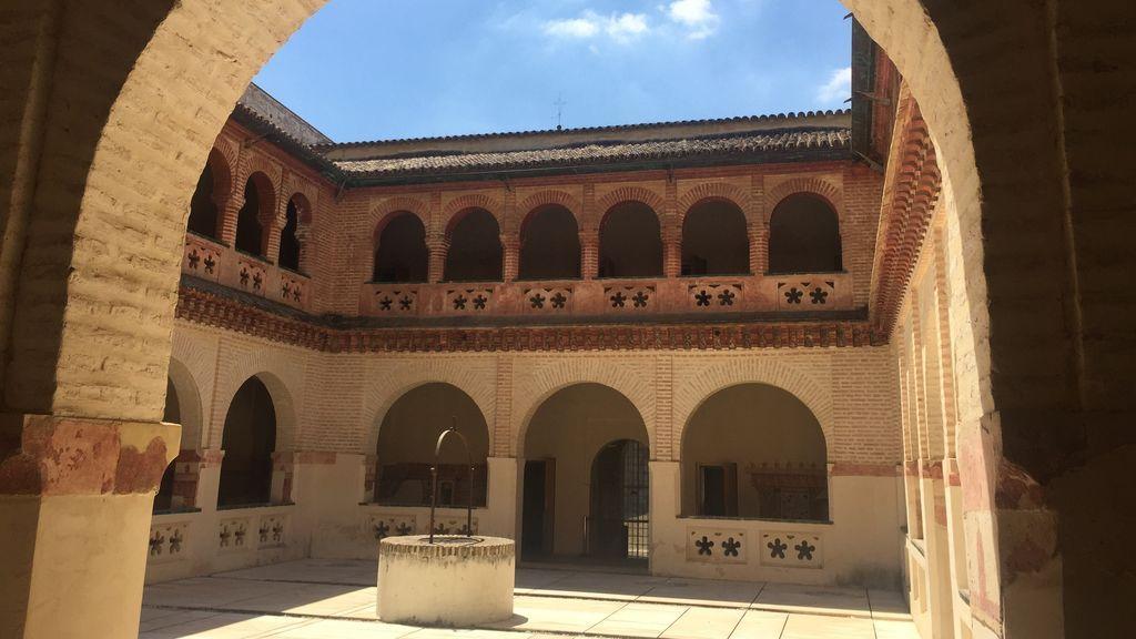 Claustro del Monasterio de San Isidoro del Campo.