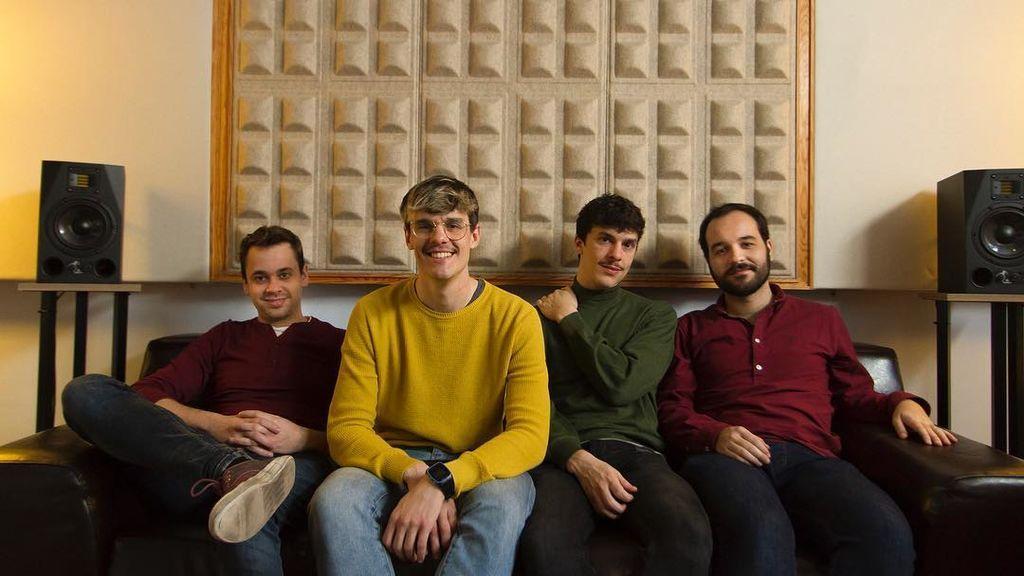 Blanco Piñata, el grupo que ha hecho 'El disco del año' y al que estamos enganchados en 'loop'