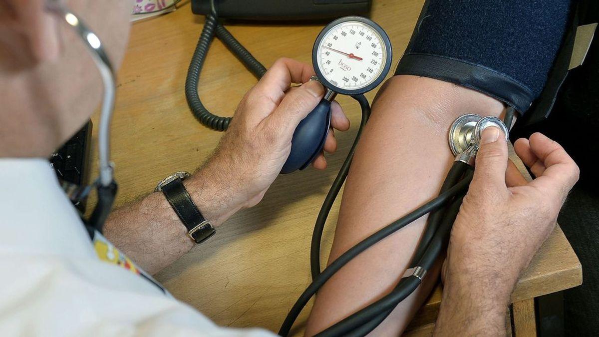 Hipertensión arterial: cómo el médico de mi empresa me salvó la vida por medirme la tensión