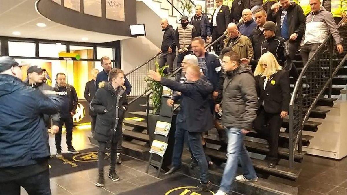 La afición del Roda holandés expulsa a empujones a su presidente por la mala gestión del club